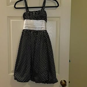 Polka dot party dress with bow